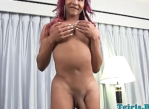 Curvy black trans solo stroking her meat shaft
